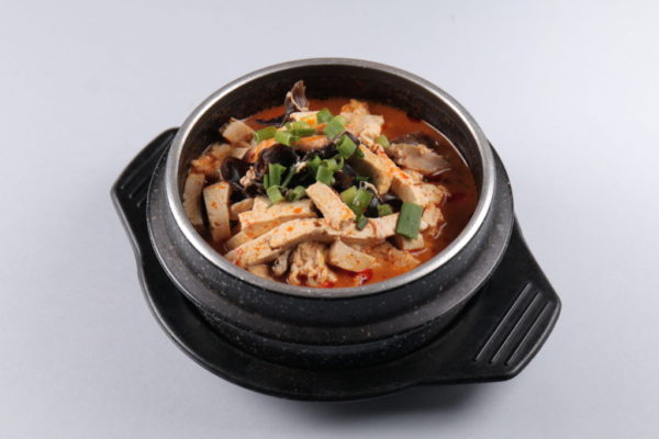 суп кисло-острый по-пекински с яйцом из ресторана