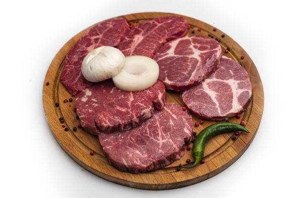 мясное ассорти из ресторана