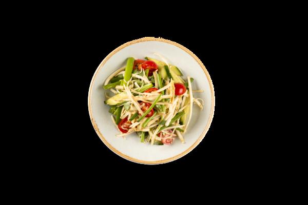 салат из свежих овощей по-харбински из ресторана