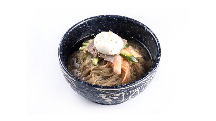 Охлаждающие летний корейские блюда